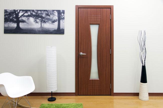 Двери с покрытием ламинатин